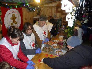 önkéntesek a sütigyárban